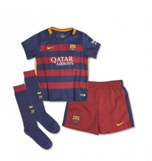 Kit nueva del Barcelona 15/16 Little Boys Home