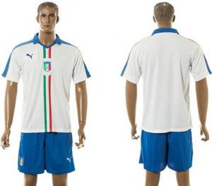 Camiseta nueva del Italia 2015/2016